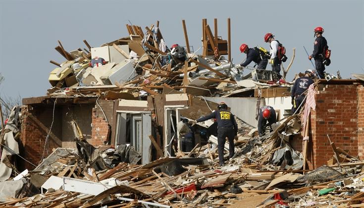 Tornadoes kill three in Missouri