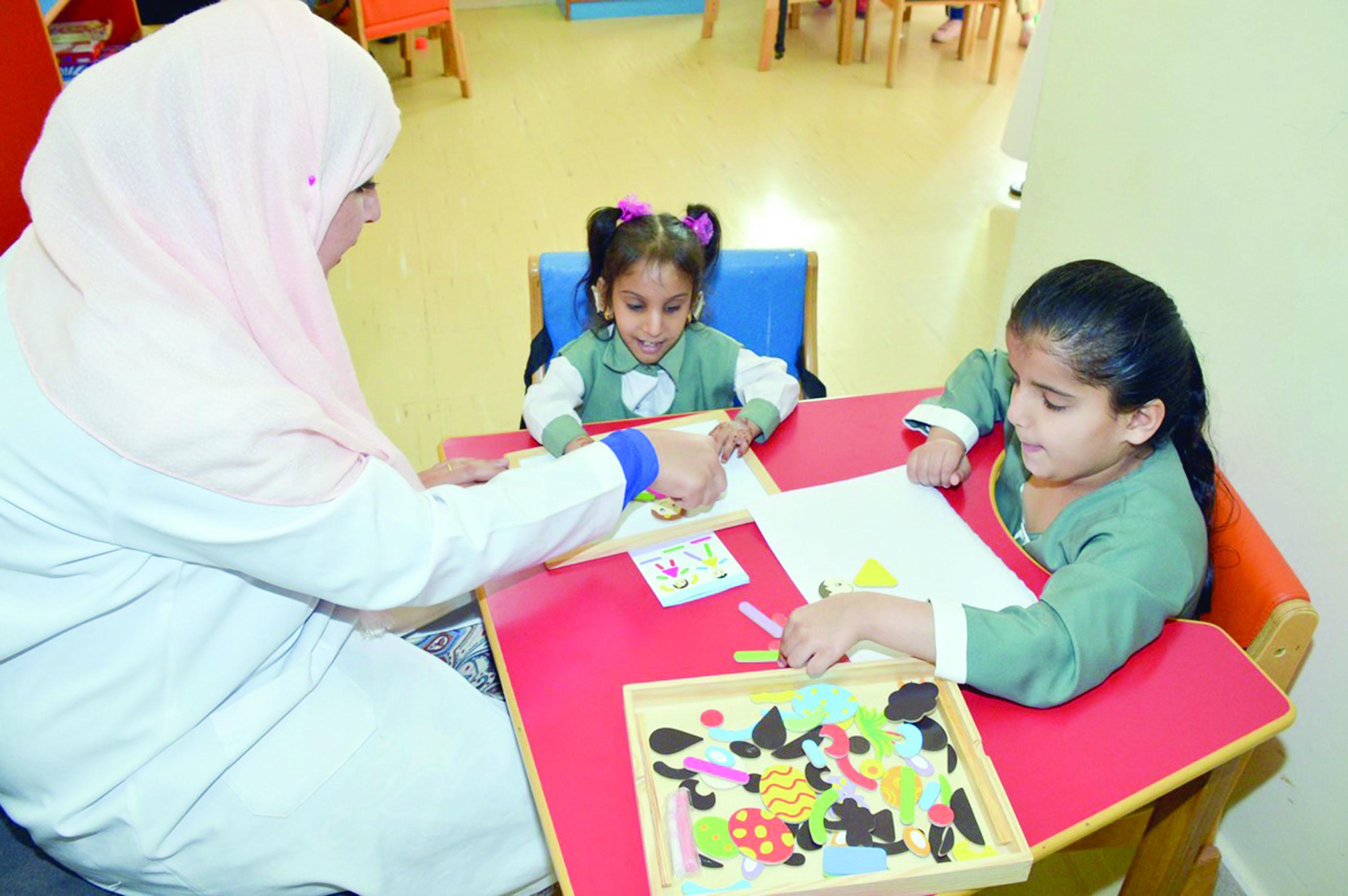 إنشاء مركز الوفاء لتأهيل الأطفال المعاقين بمقنيات