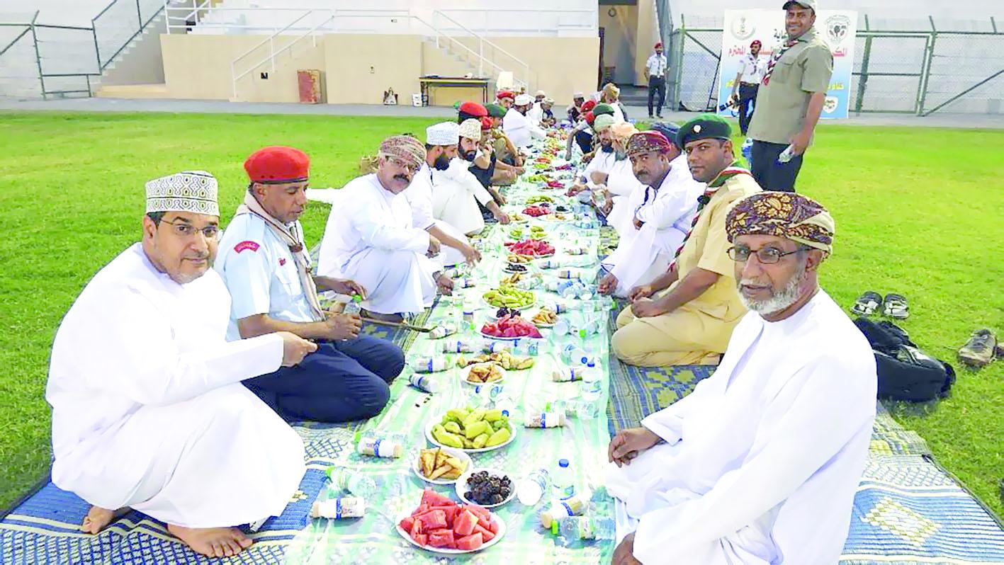 إفطار وتكريم لعشيرة جوالة نادي سمائل