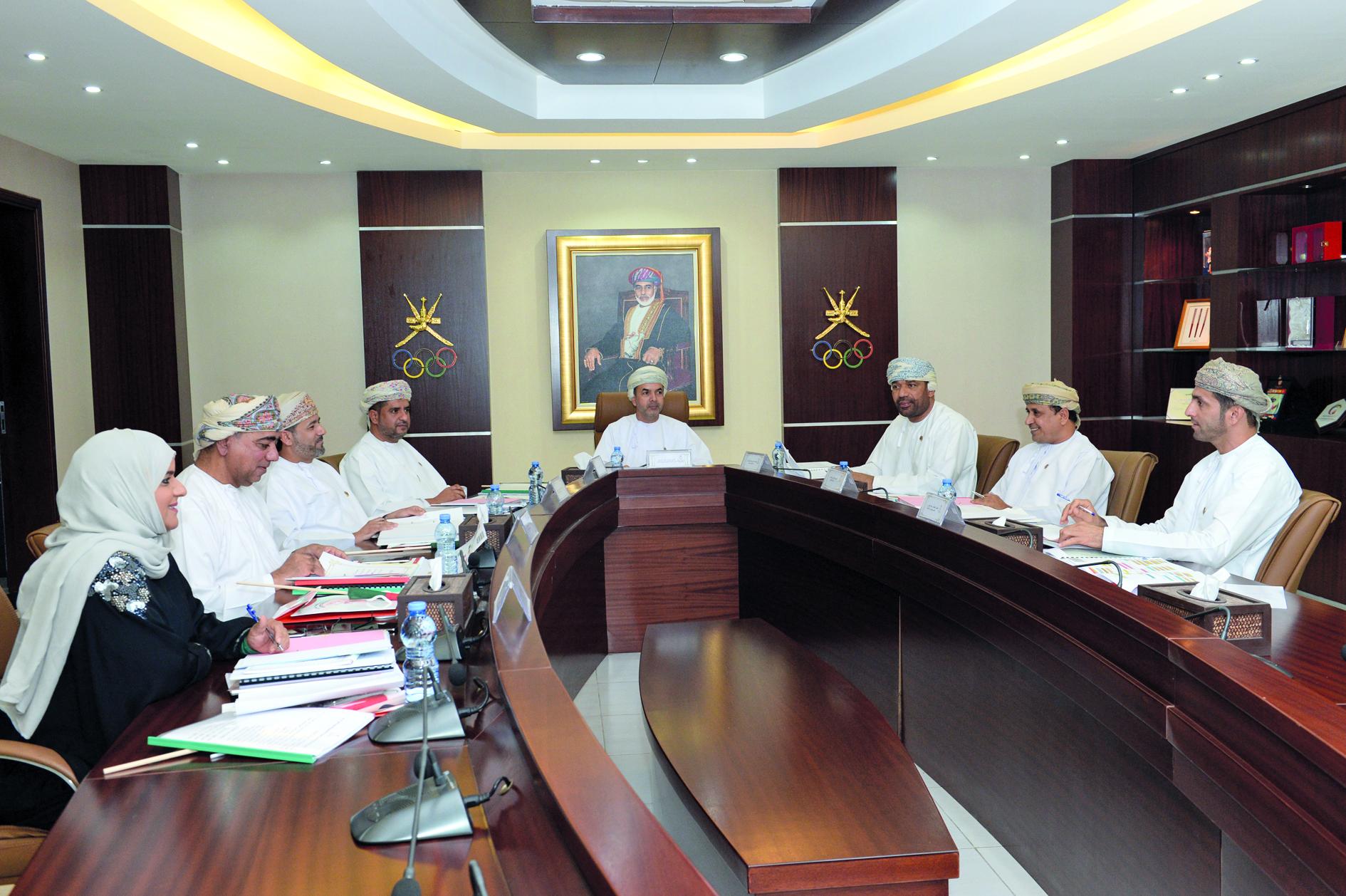 مجلس ادارة اللجنة الاولمبية العمانية يعتمد تشكيل لجنة الانتخابات