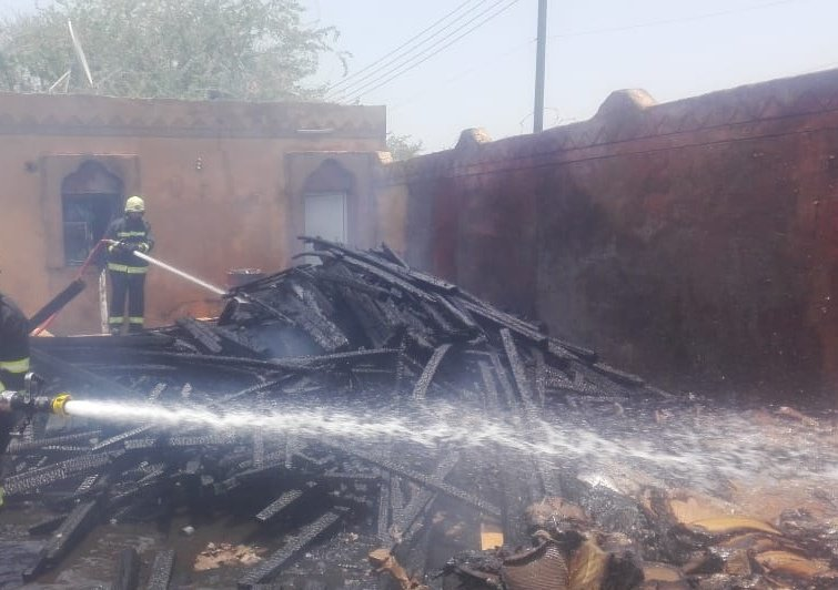 Fire breaks out in two houses in South Al Batinah