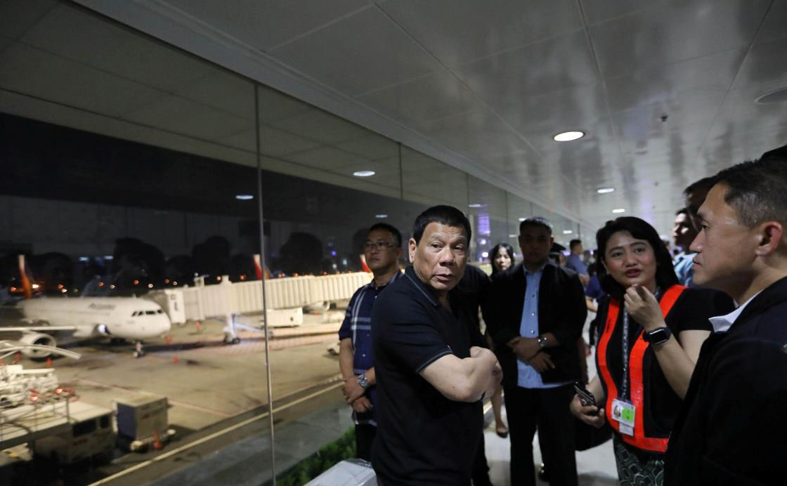 Duterte orders domestic flights transfer due to airport congestion