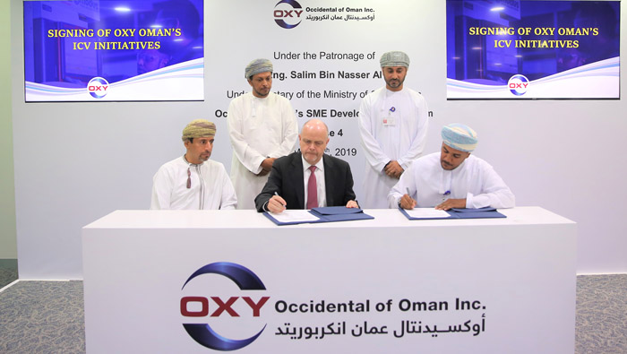 Occidental Oman signs two contracts