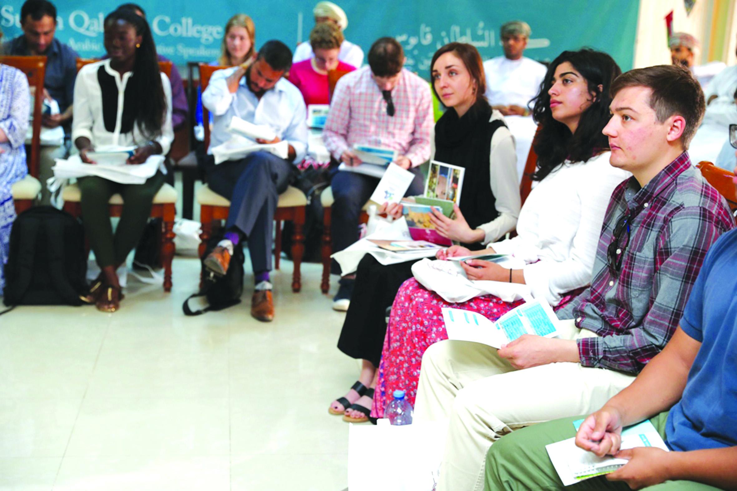 كلية السلطان قابوس لتعليم اللغة العربية تستقبل دفعة جديدة