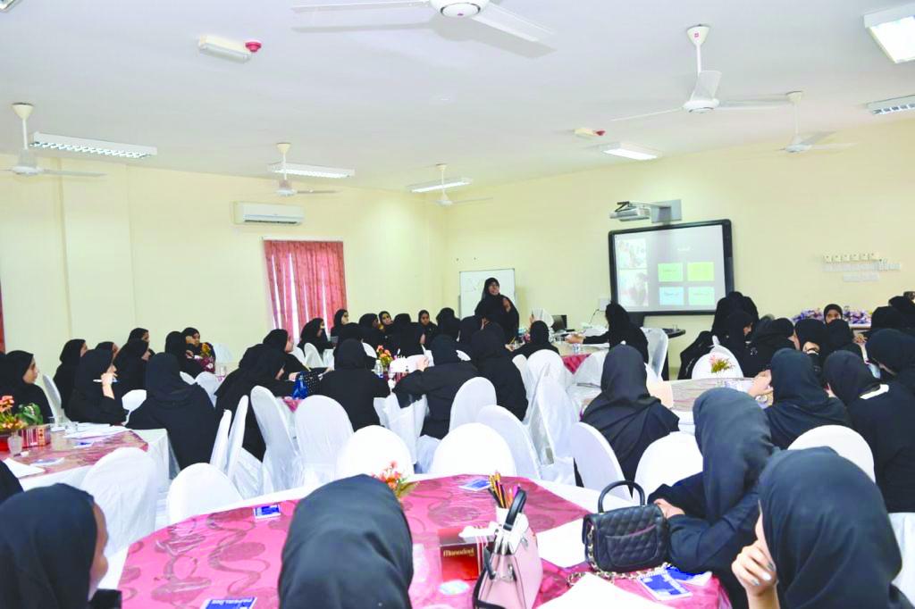 أنشطة صيفية متواصلة في جمعية المرأة بشناص