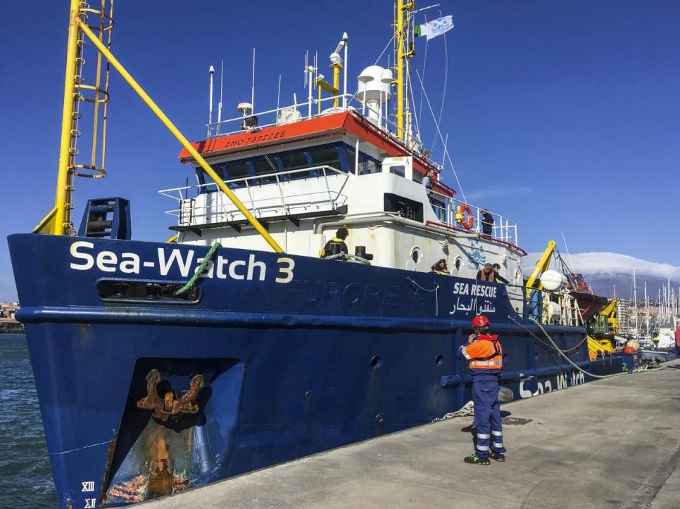 UNHCR calls on European countries to let Seawatch passengers ashore