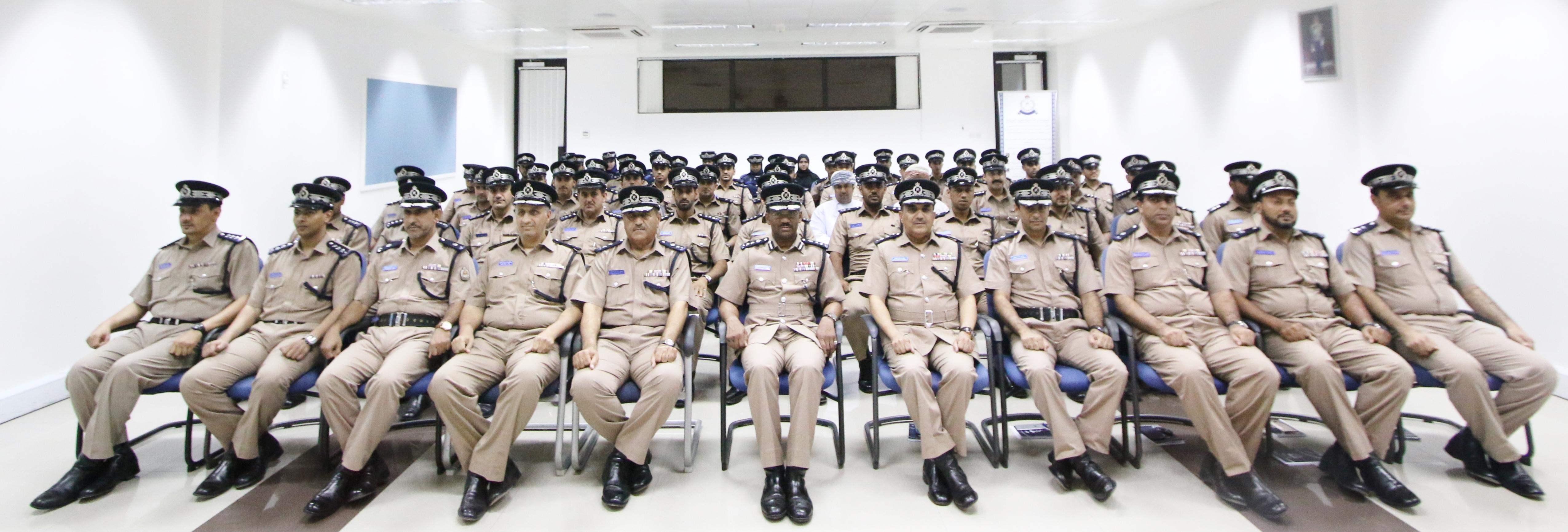 ختام ثلاث دورات تدريبية بمعهد ضباط الشرطة