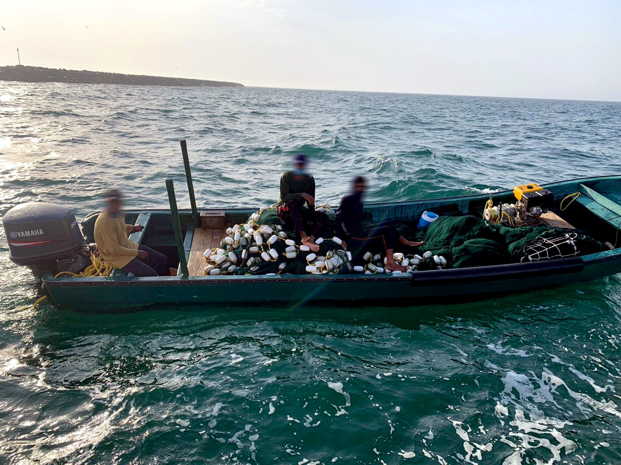 Fishermen arrested in Oman for operating without proper permit