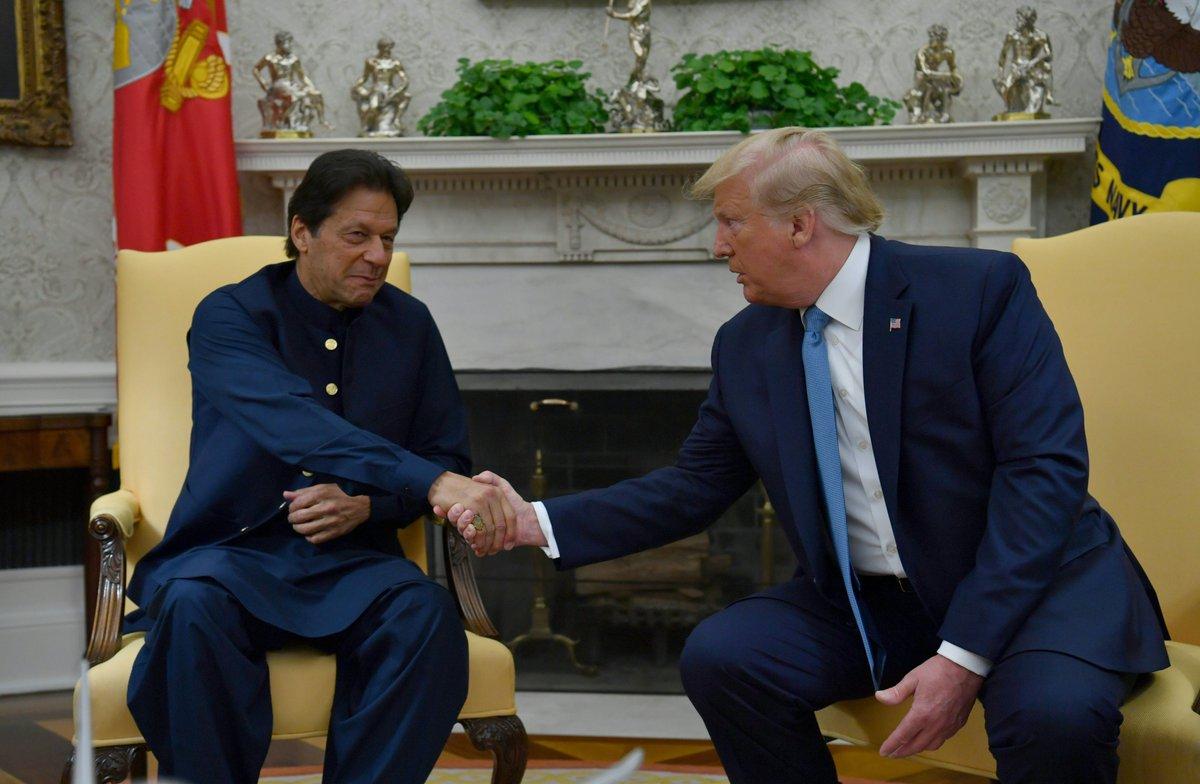 Pak PM Imran Khan meets Donald Trump