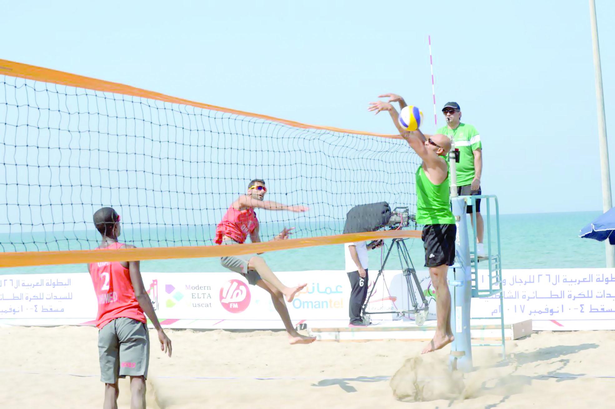 السلطنة تستضيف البطولة العربية للكرة الطائرة الشاطئية