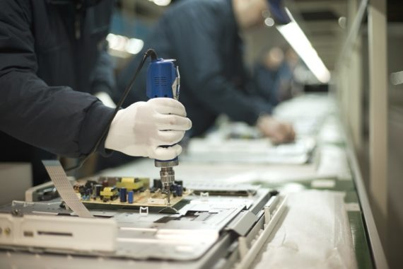 Manufacturing sector on track in Oman