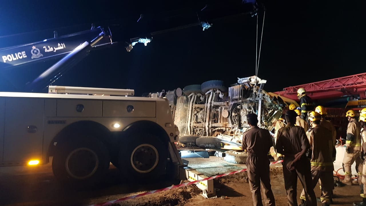 Oman truck collision: one killed, another injured