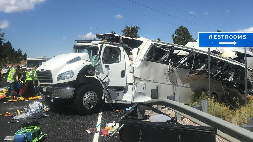 At least 4 killed, 15 injured in bus crash in Utah