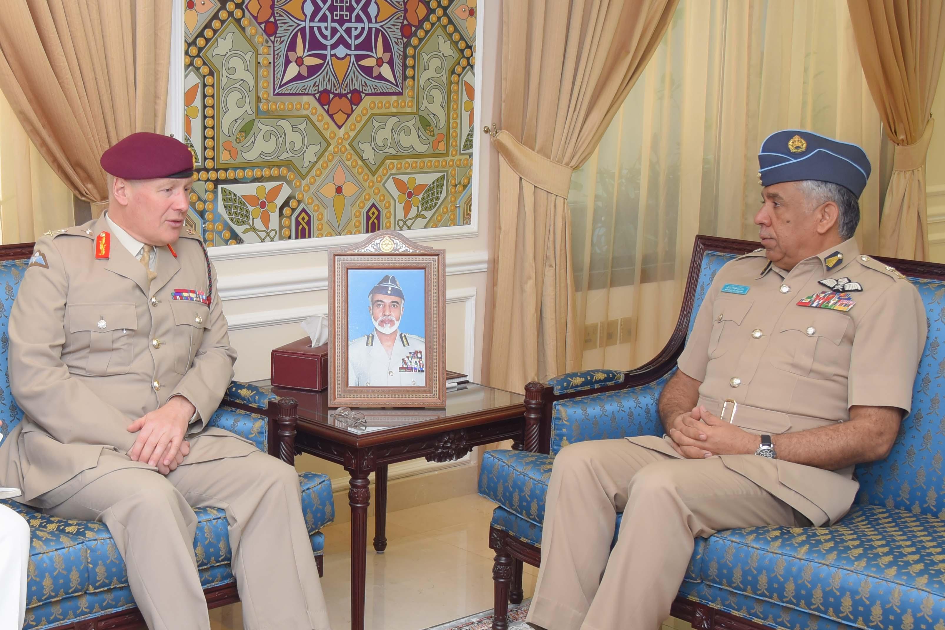 قائد سلاح الجو يستقبل كبير مستشاري وزارة الدفاع البريطانية