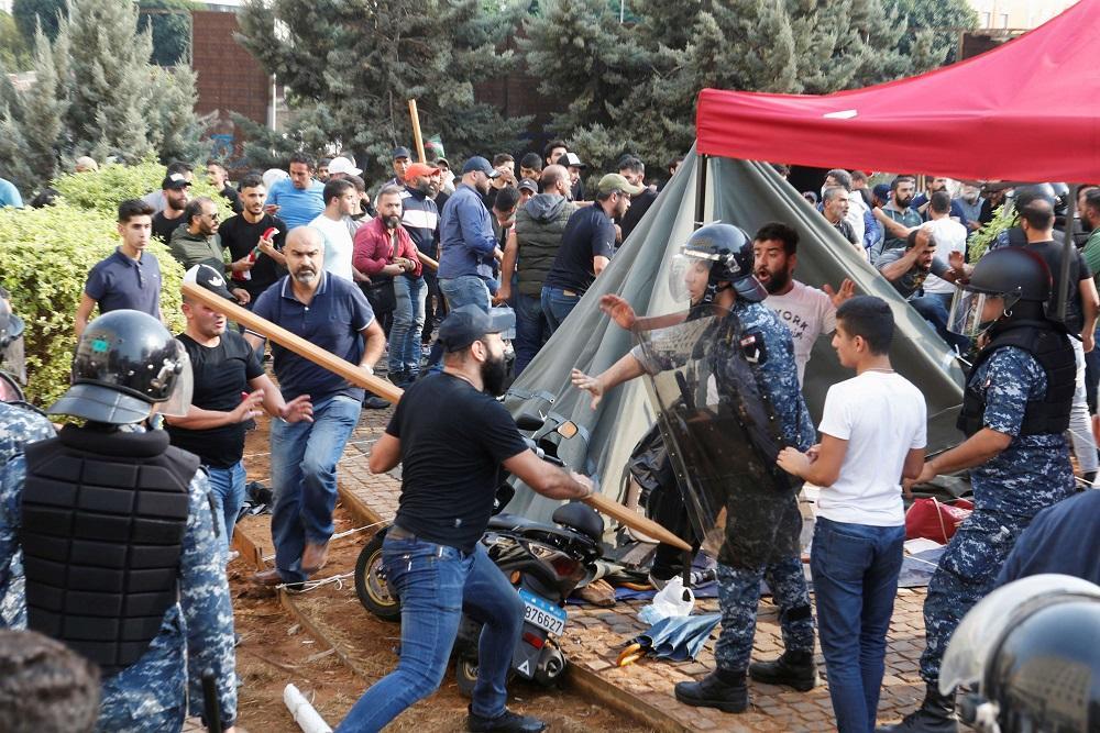 """""""الخارجية الأميركية"""" : تدعو للتخلي عن  العنف في احتجاجات العراق"""