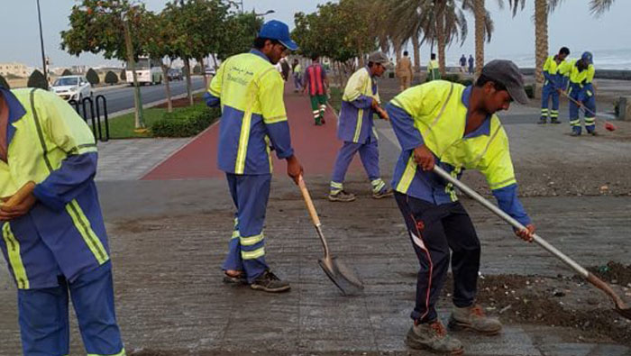 Cyclone Kyarr: Municipality continues cleaning efforts in Oman