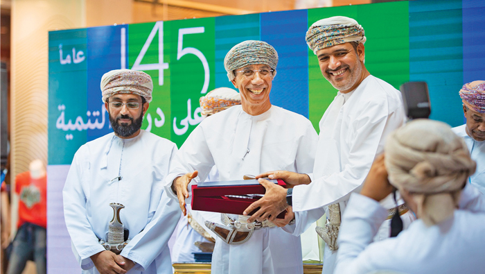 Oman Post to make profits as talented Omanis spin magic