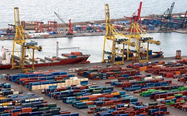 """""""الإمارات"""" في صدارة الدول المصدرة للسلطنة بقيمة واردات مليار و867 مليون"""