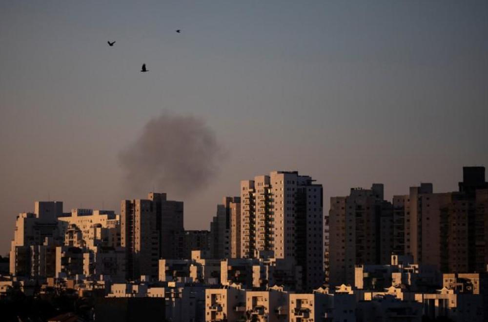 انطلاق صفارات الإنذار بإسرائيل وتحذيرات من هجمات صاروخية من غزة