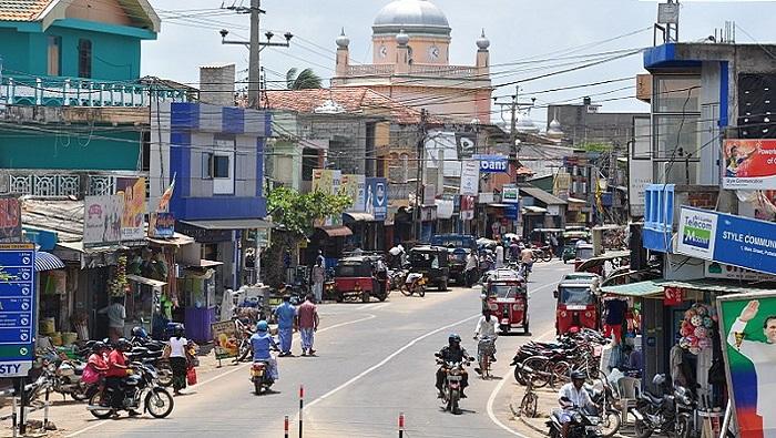 Gunmen hurl stones, open fire at buses carrying voters in Sri Lanka