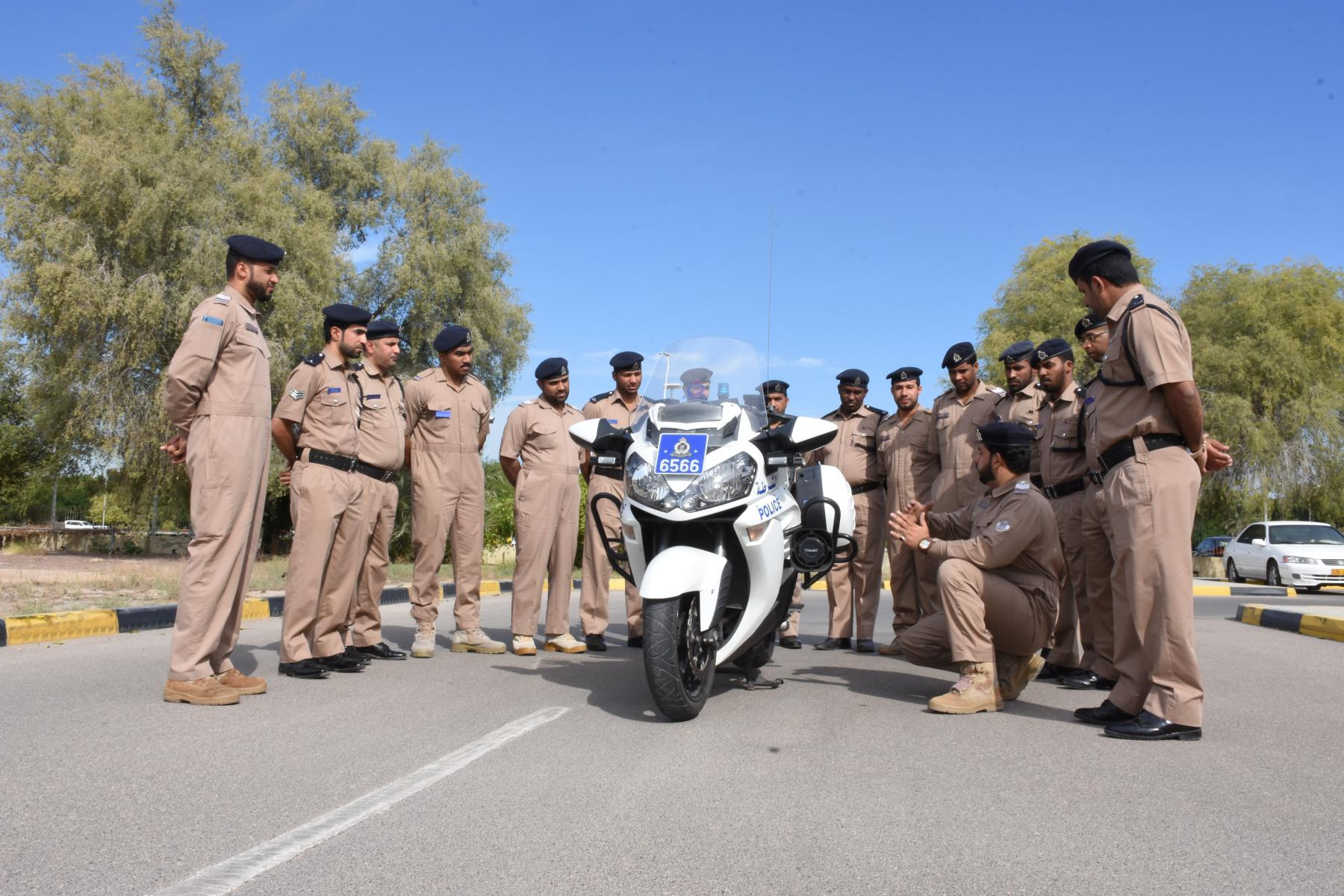 ورشة عمل إجراءات الحوادث المرورية بقيادة شرطة محافظة مسندم
