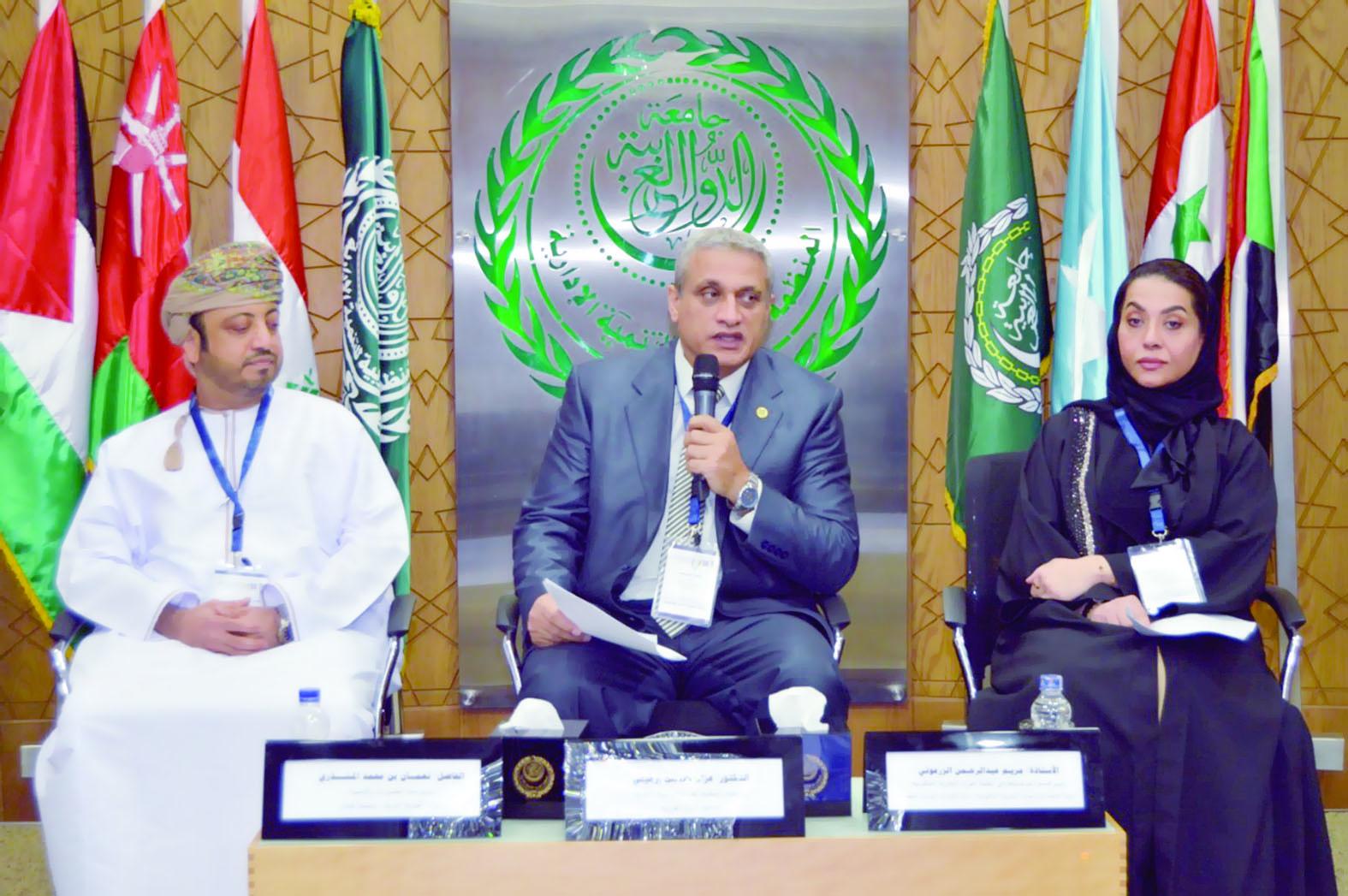 الخدمة تشارك في ملتقى التجارب والممارسات الإدارية الناجحة بمصر
