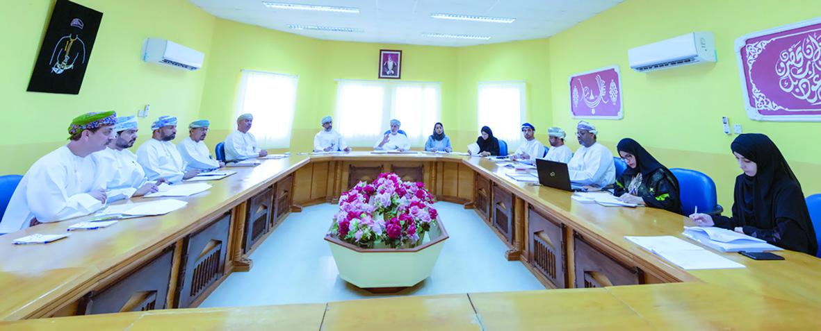 الكلباني يترأس إجتماع اللجنة الوطنية لرعاية المعوقين