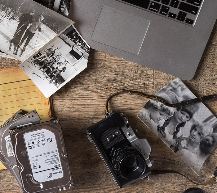 Preserving old analog photographs