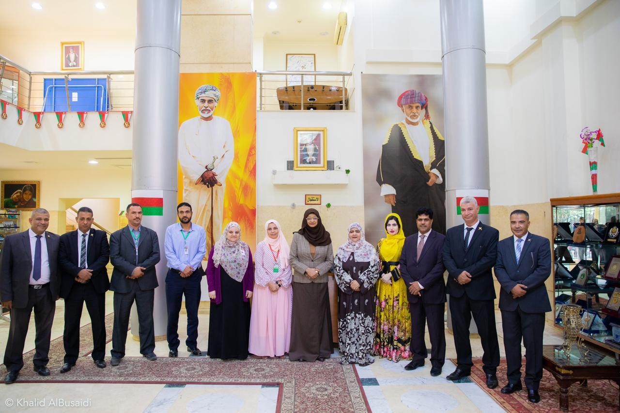 وزيرة التعليم العالي تبحث وضع الطلبة العمانيين في مصر