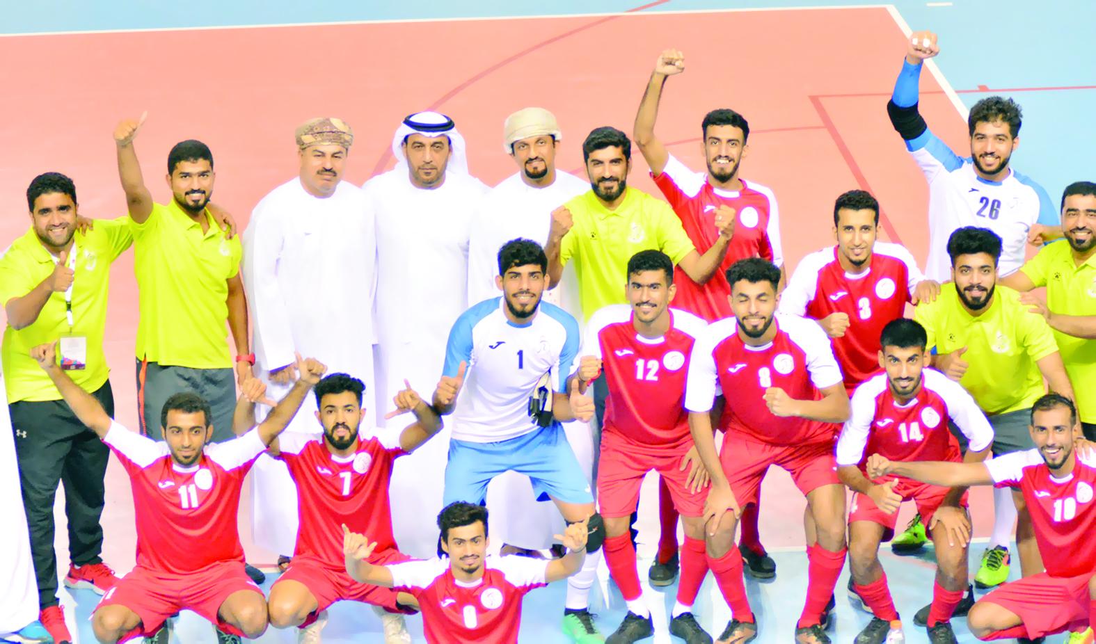 الأحمر الجامعي يمضي بخطوات ثابتة نحو لقب البطولة العربية  لكرة الصالات