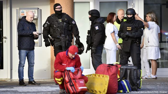 Six dead in Czech hospital shooting