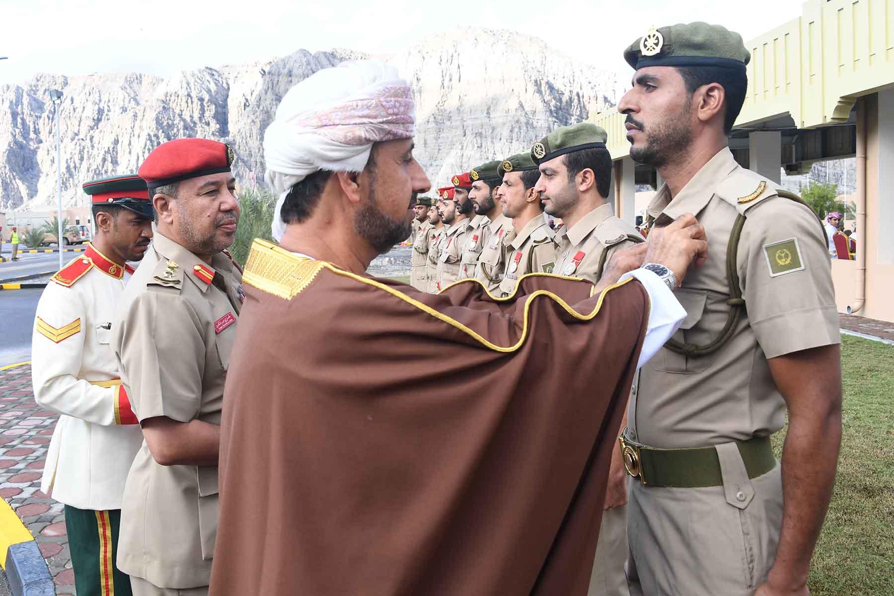 قيادة قطاع مسندم بالجيش السلطاني العماني تحتفل بيوم القوات المسلحة ويوم المتقاعدين