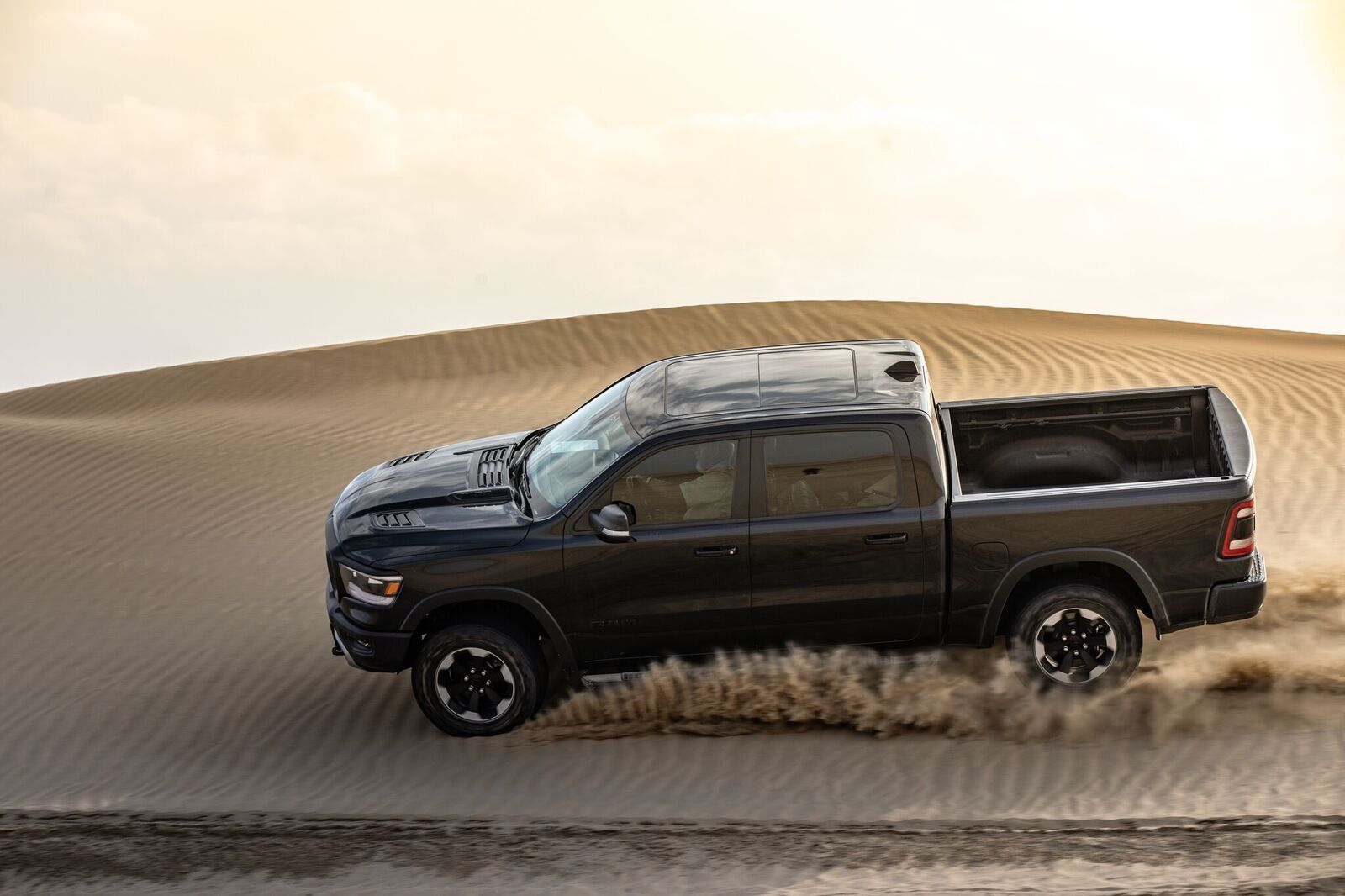 Ground-breaking innovation, premium luxury, and no compromise capability: The All-New 2019 Ram 1500