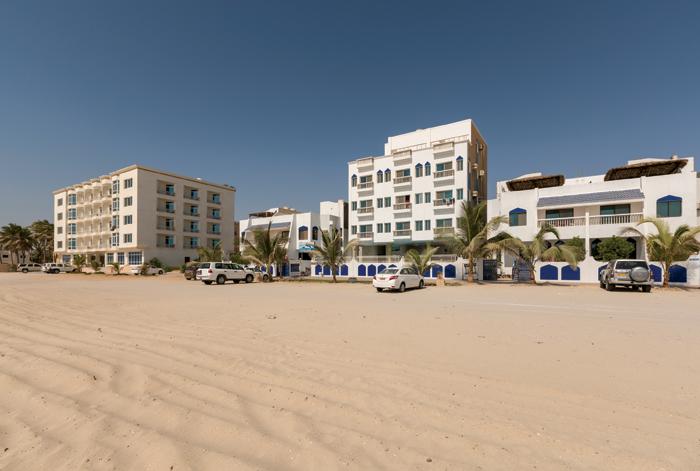 Travel Oman: Dahariz beach in Salalah