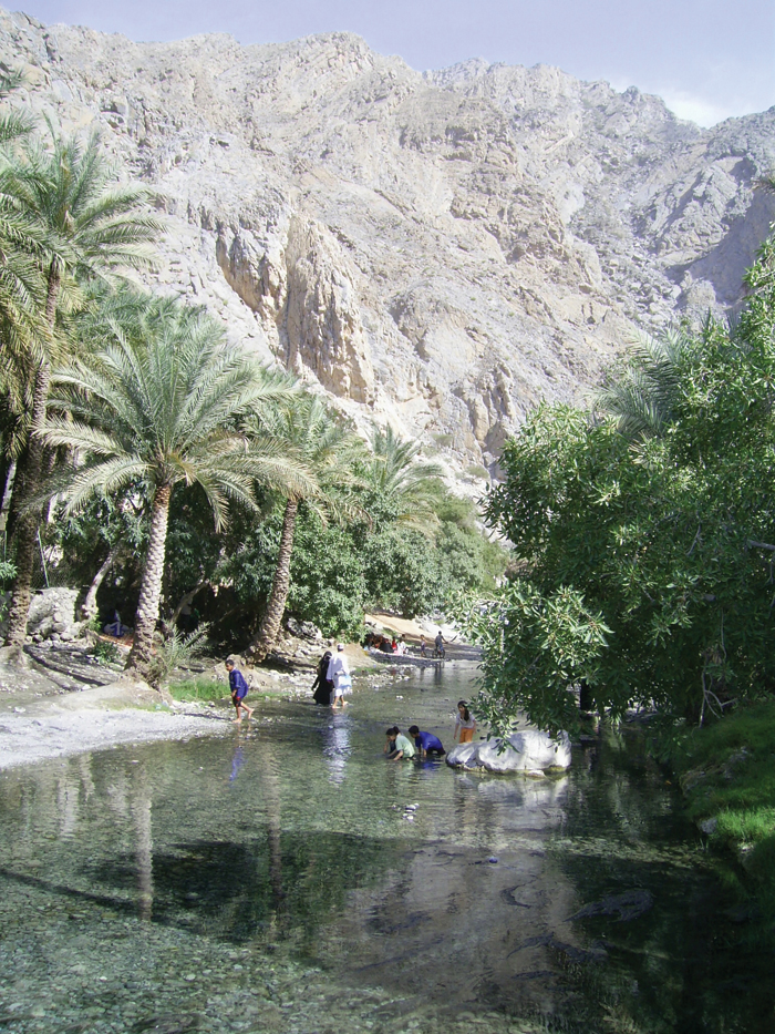 Travel Oman:Visit Nakhal for its hot water springs