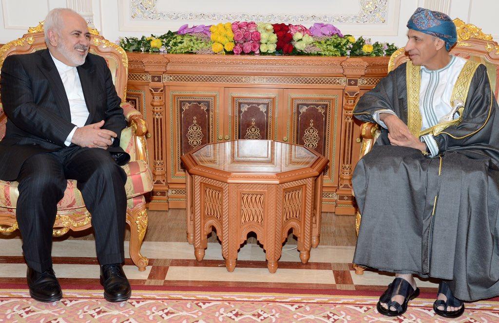 السيد فهد يستقبل وزير الخارجية الإيراني