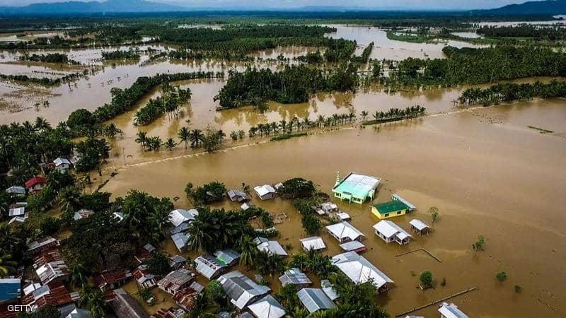 """إعصار يسرق """"فرحة"""" آلاف الفلبينيين بعيد الميلاد"""