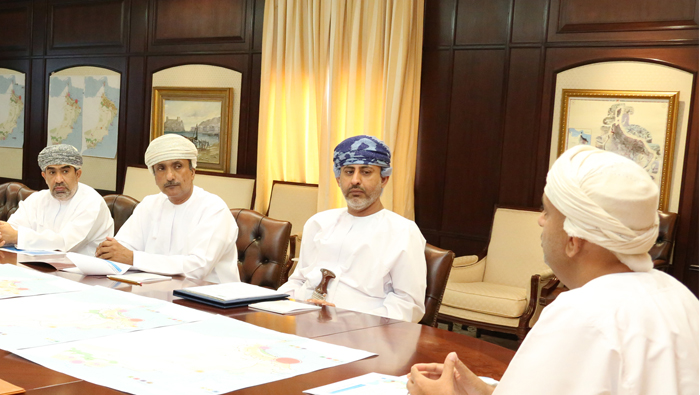 Steering panel weighs Oman's alternative regional spatial strategies