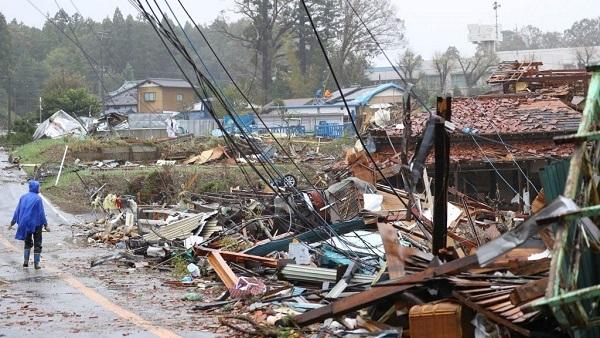 زلزالان يضربان منطقتين في اليابان