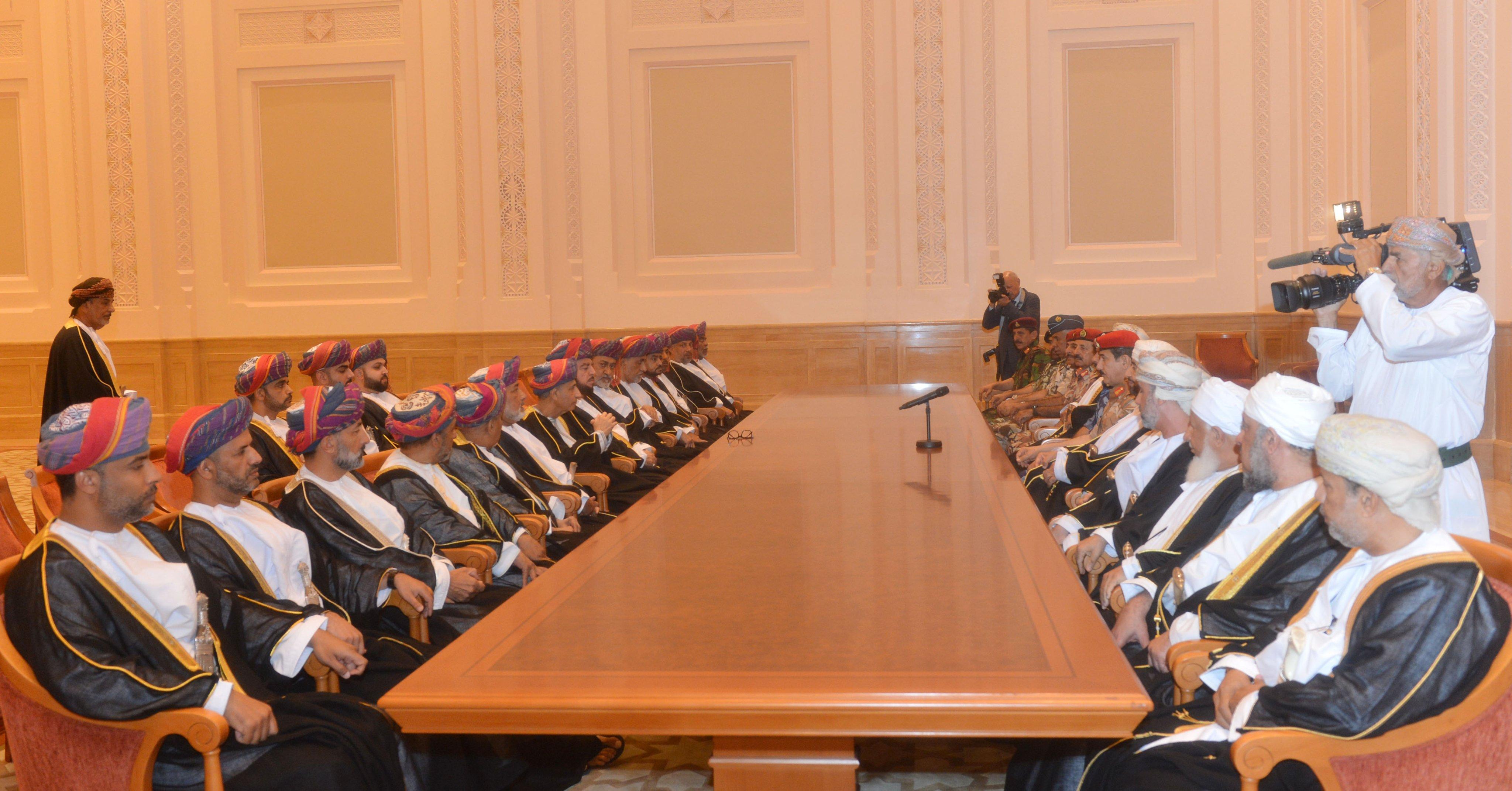 بيان مجلس الدفاع : تنصيب هيثم بن طارق آل سعيد سلطانا لعُمان وفقاً للوصية