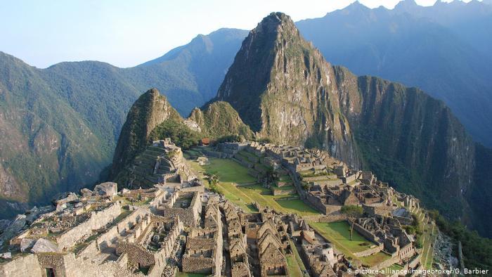 Peru: Tourists accused of damaging, defecating on Machu Picchu