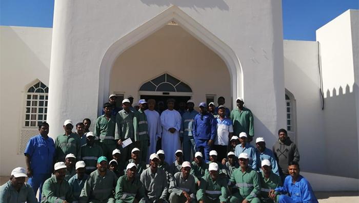Muncipality workers honoured in Oman