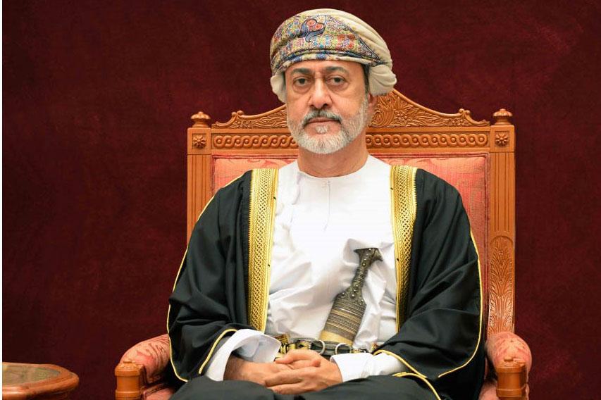 جلالة السلطان يعزي العاهل السعودي