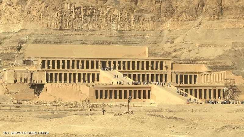 """مصر.. السجن 15 عاما للقنصل الإيطالي """"مهرب الآثار"""""""