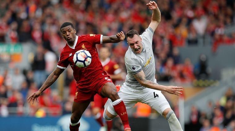 الاتحاد الإنجليزي يصدر قراراً بشان واقعة أثارت جدلاً في مباراة مانشستر يونايتد وليفربول