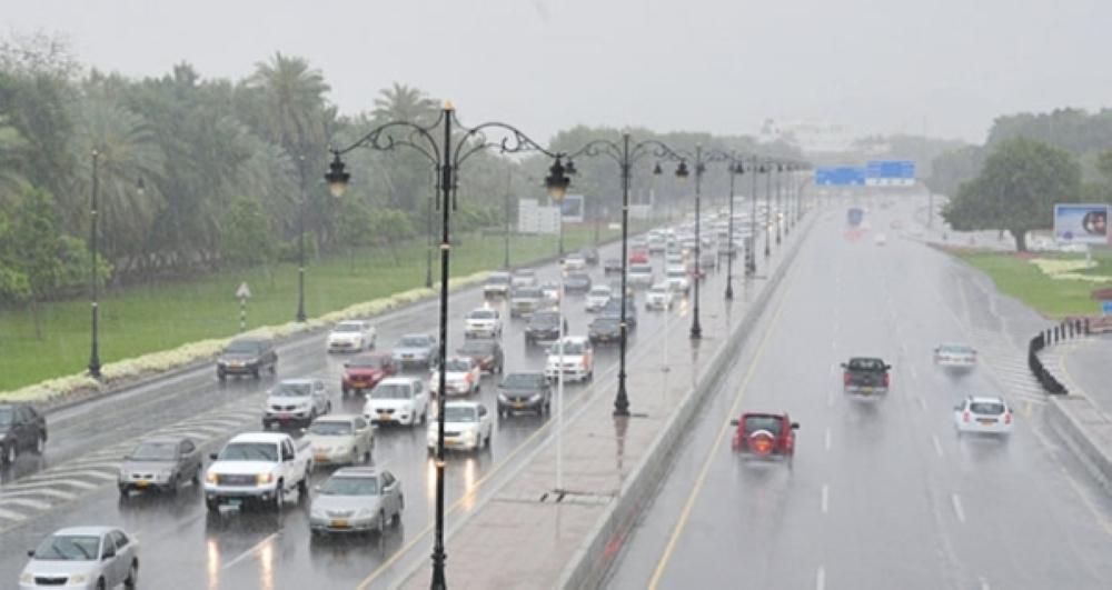 """مسؤول في الطيران المدني لـ""""الشبيبة"""": مسقط سجلت في يناير أعلى كمية أمطار منذ عام 1977"""