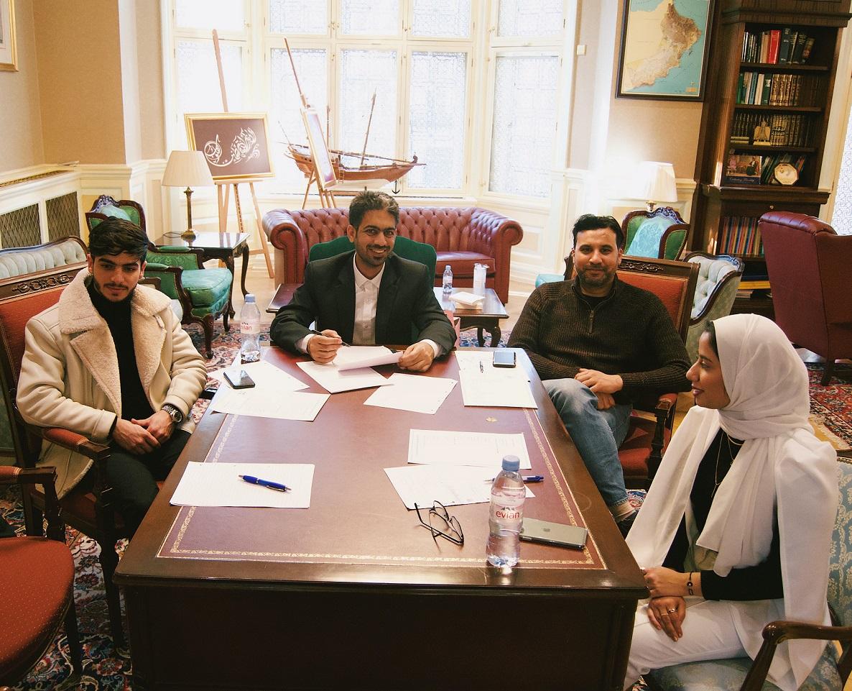 المجلس الاستشاري العماني بالمملكة المتحدة يناقش أنشطته الطلابية هذا العام