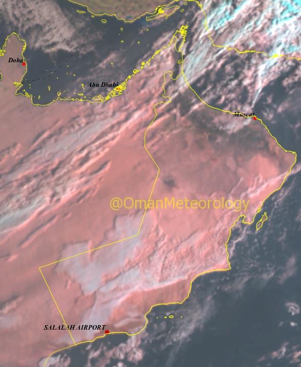 تدفق السحب على الأجزاء الشمالية من السلطنة مع فرص هطول أمطار