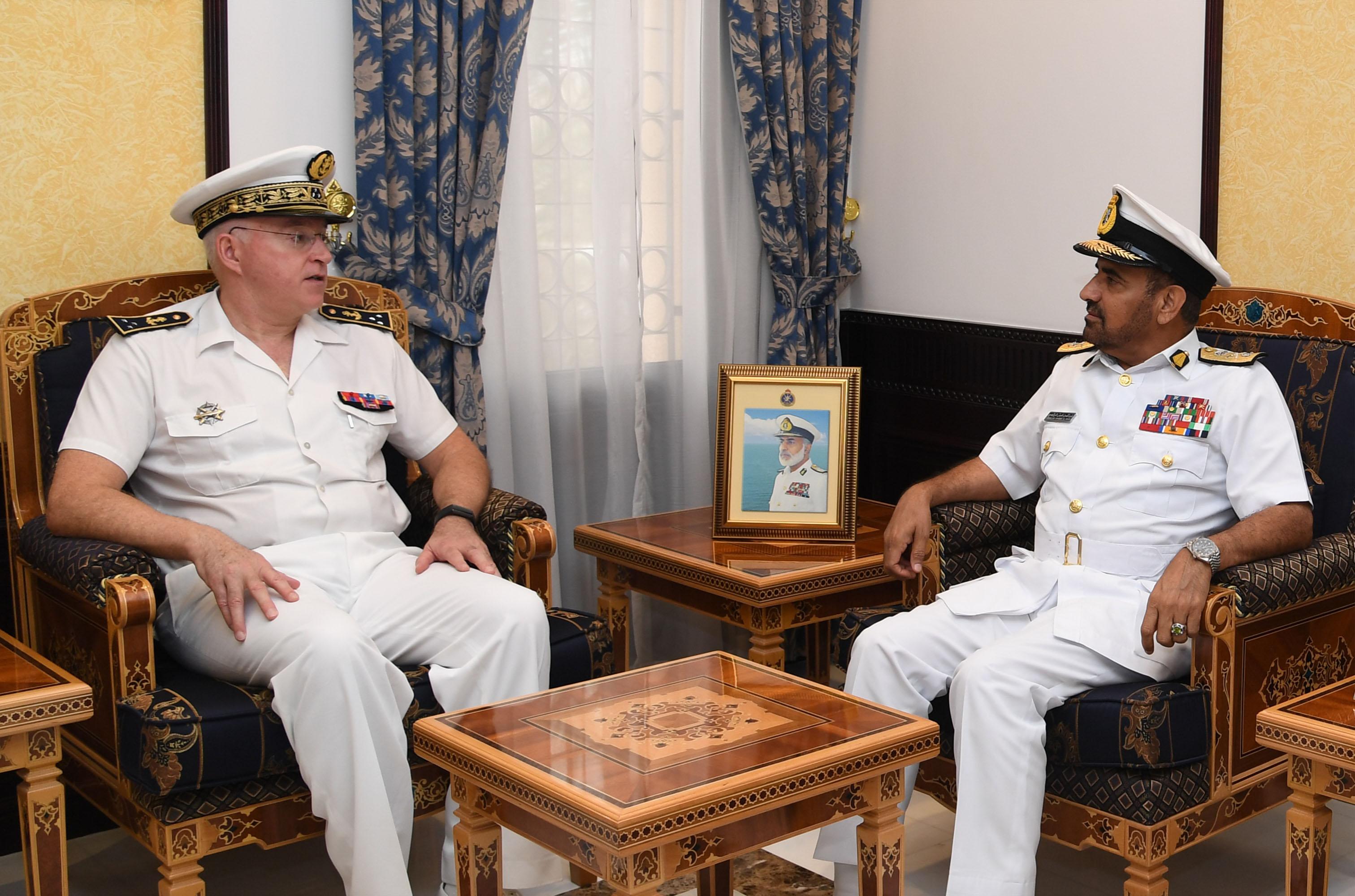 الرئيسي يستقبل قائد القوات الفرنسية في المحيط الهندي