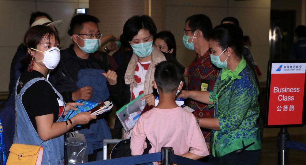 """انخفاض عدد المصابين بفيروس """"كورونا"""" في الصين بشكل حاد"""